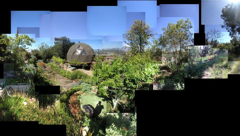 Fhssundown_garden_pan